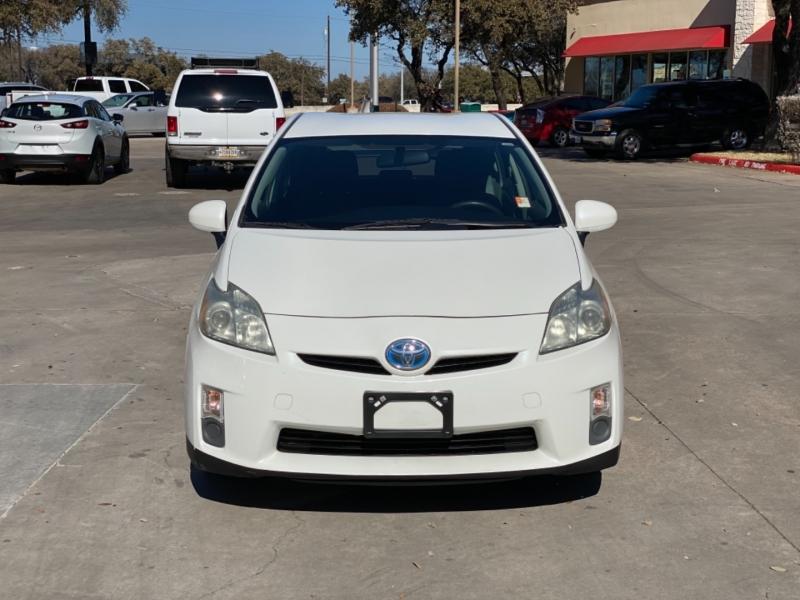 Toyota Prius 2010 price $7,600