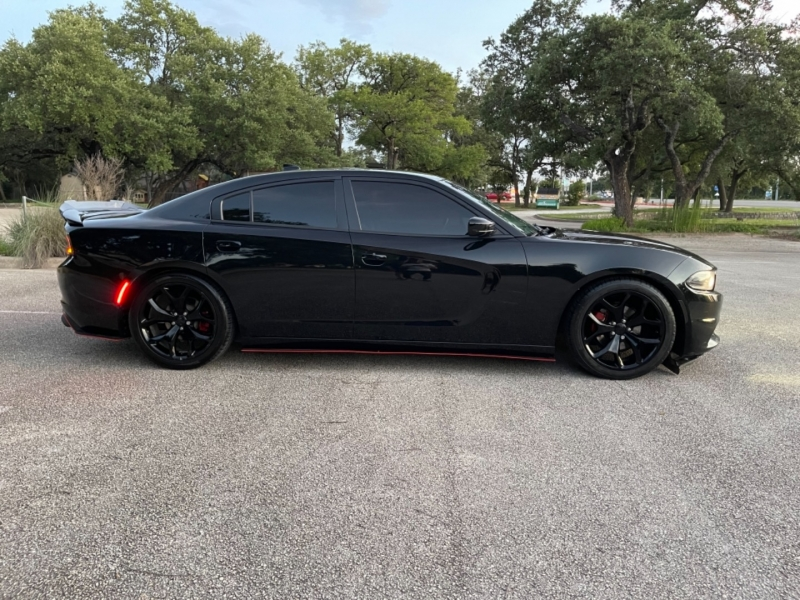 Dodge Charger 2015 price $18,500