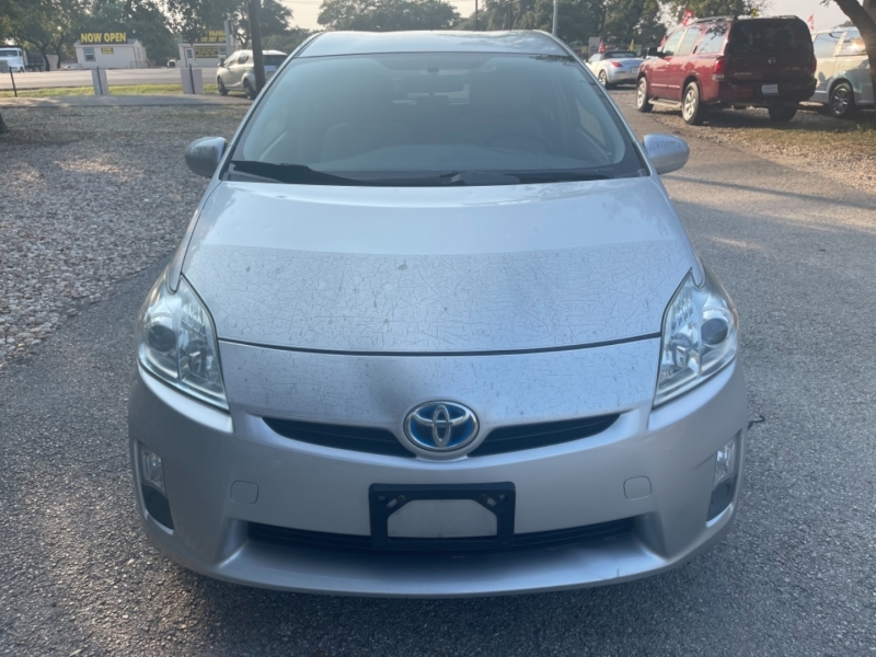 Toyota Prius 2010 price $6,900