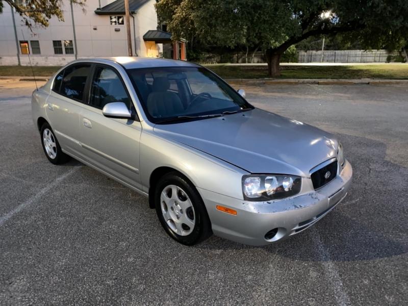 Hyundai Elantra 2003 price $2,800
