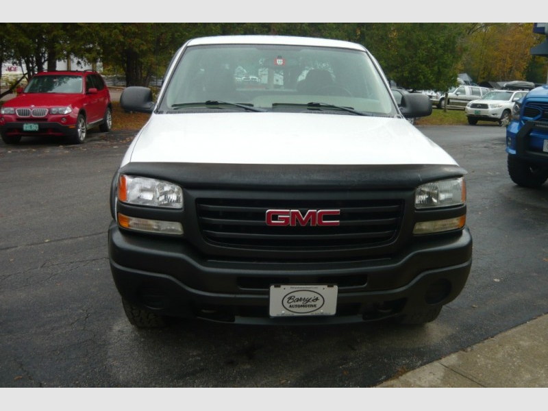 GMC Sierra 1500 2004 price $8,500