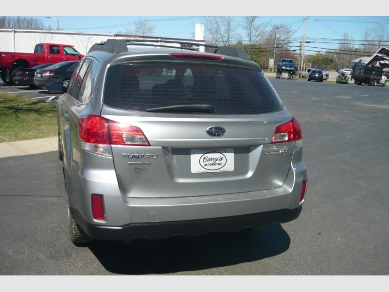 Subaru Outback 2010 price $6,700