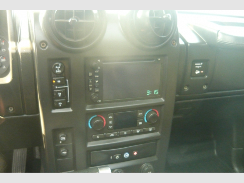 Hummer H2 2006 price $18,900