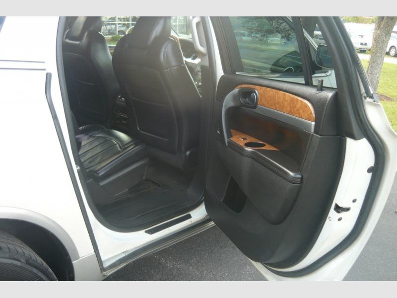 Buick Enclave 2012 price $12,900