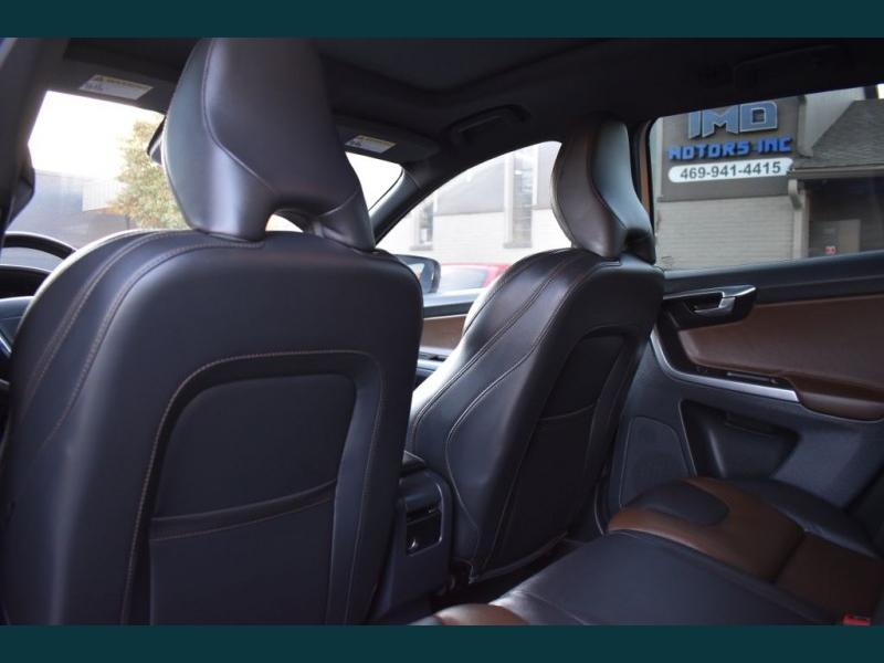 VOLVO XC60 2015 price $12,395