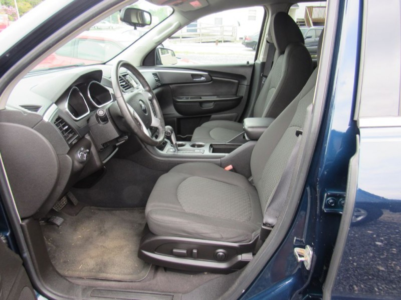 Chevrolet Traverse 2009 price $9,895
