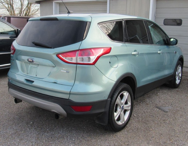 Ford Escape 2013 price $9,895