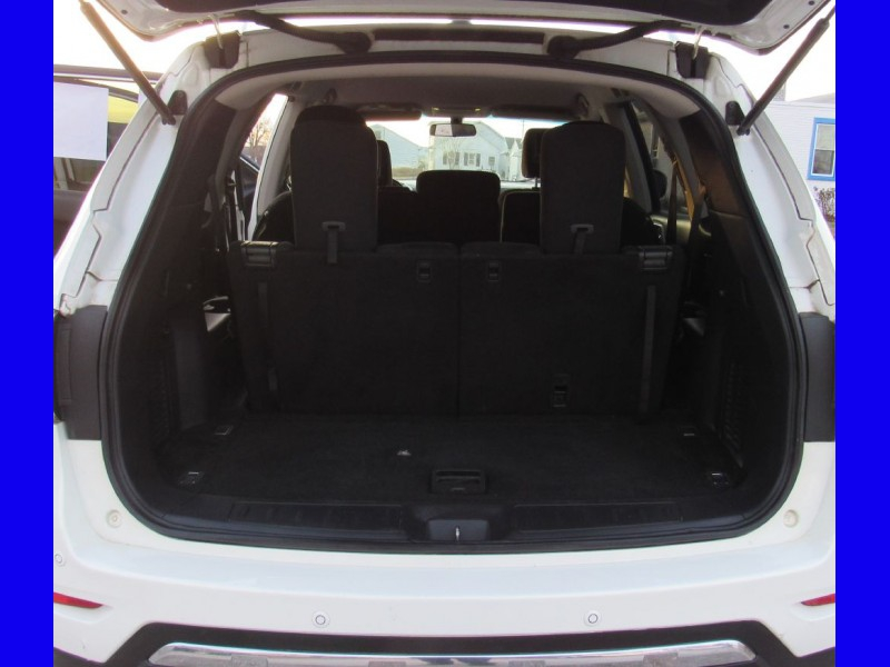 Nissan Pathfinder 2014 price $14,695