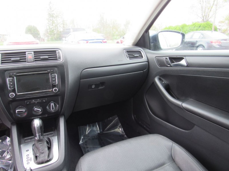 Volkswagen Jetta Sedan 2011 price $7,995