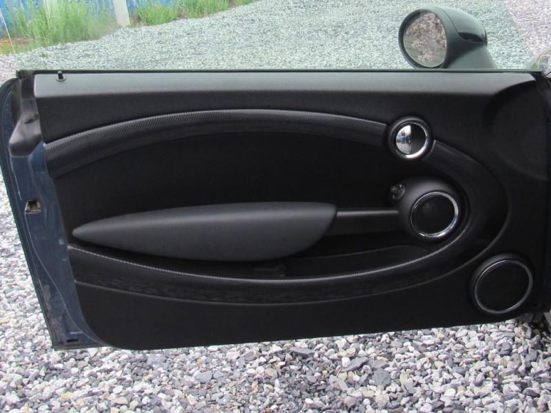 MINI Cooper Hardtop 2011 price $10,495