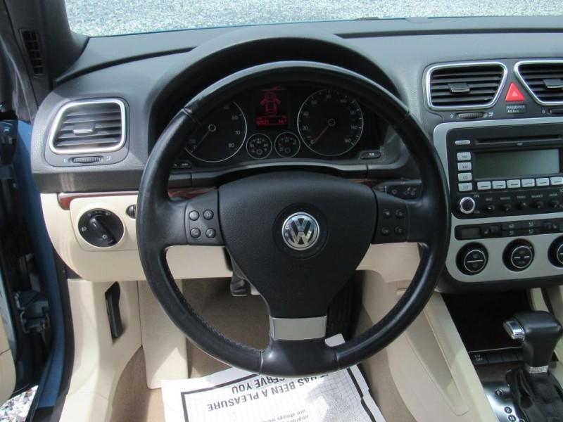 Volkswagen Eos 2009 price $9,895