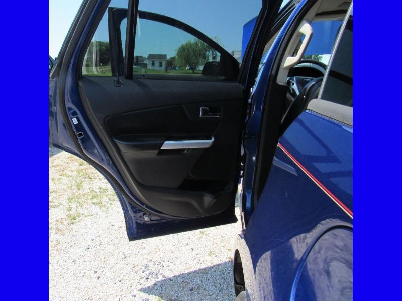 Ford Edge 2013 price $13,895