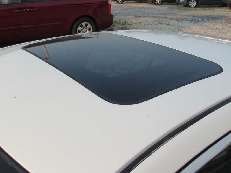 Nissan Maxima 2011 price $9,395