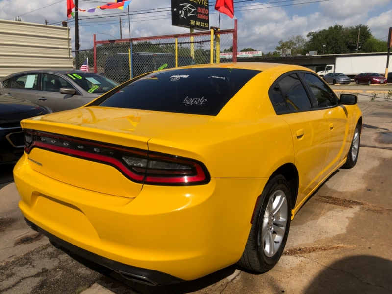 Dodge Charger 2017 price $4,000 Down