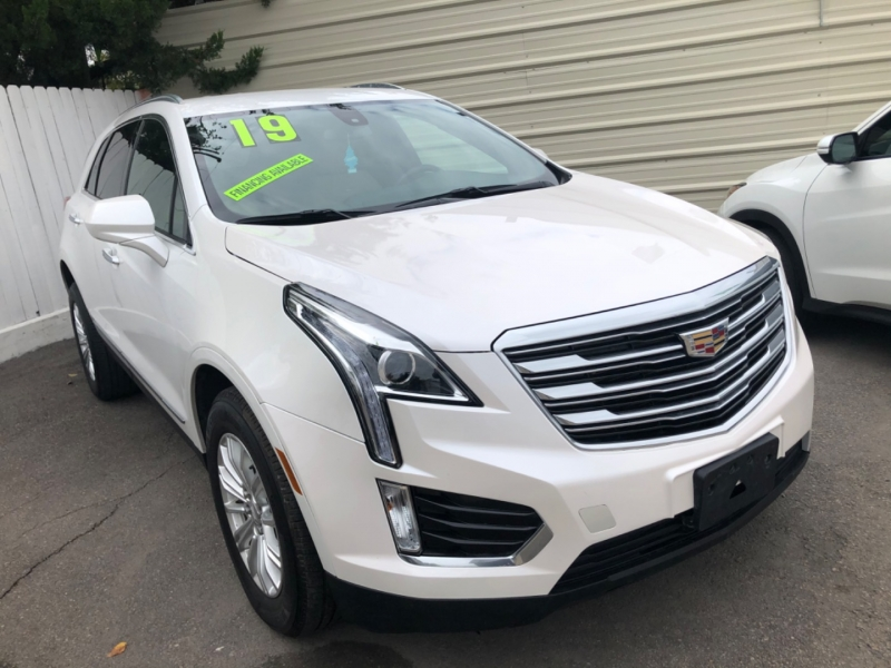 Cadillac XT5 2019 price $25,500 Cash