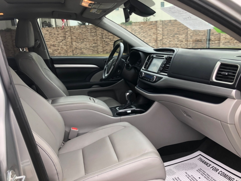 Toyota Highlander 2018 price $6,999 Down