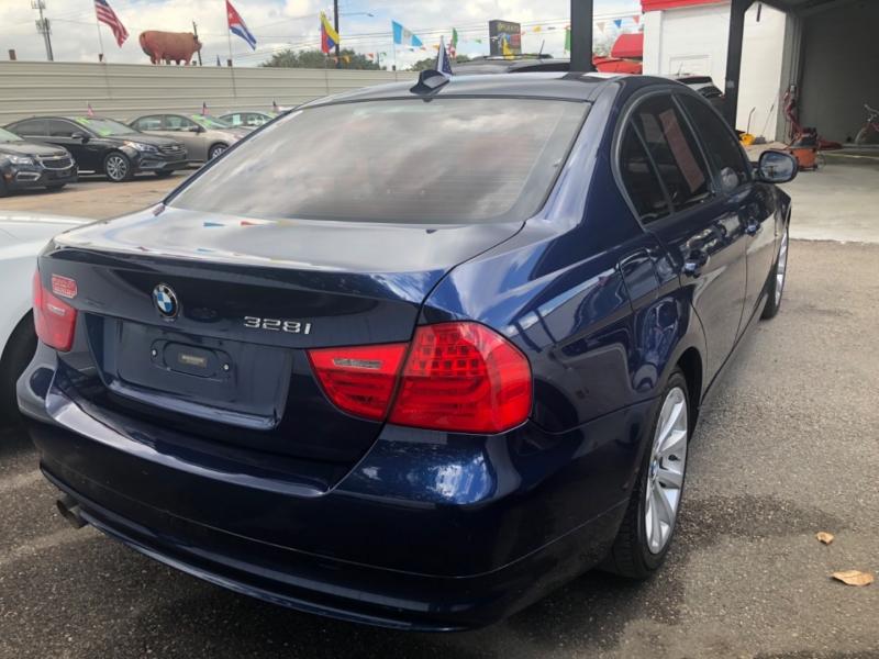 BMW 3-Series 2011 price $2,499 Down