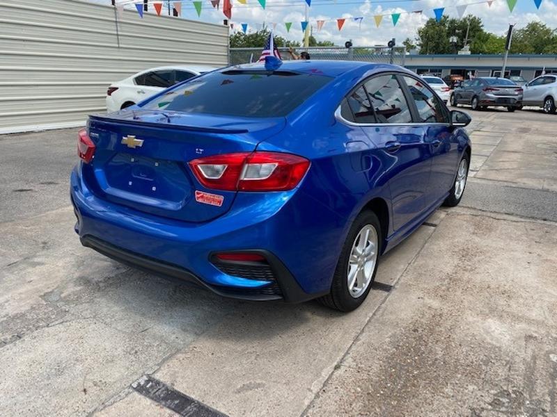 Chevrolet - 2017 price $3,500