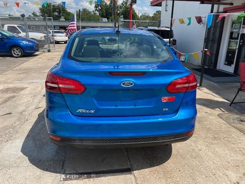 Ford Focus 2017 price $3,000