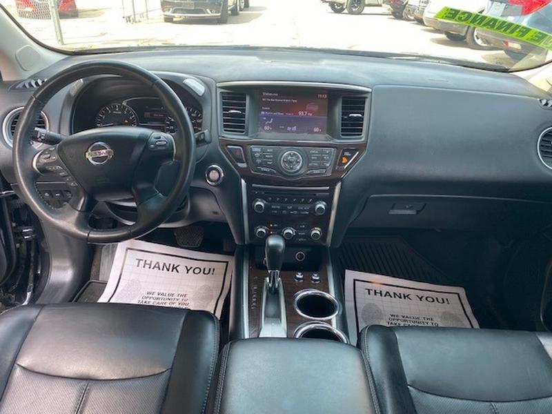 Nissan Pathfinder 2015 price $3,500