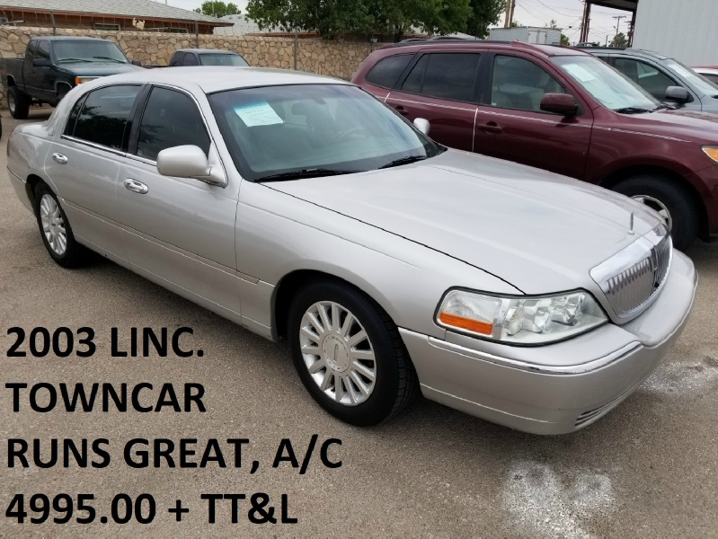 Lincoln Town Car 2003 price $4,995