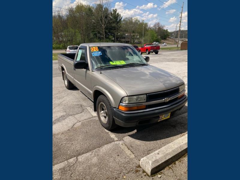 CHEVROLET S10 4X2 2000 price $3,990