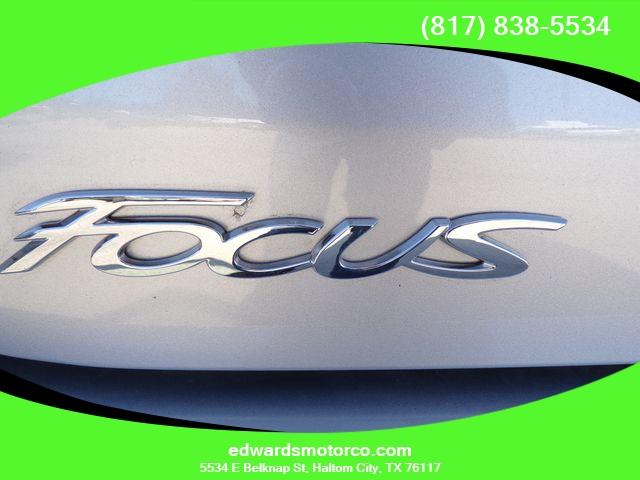 Ford Focus 2018 price $11,995