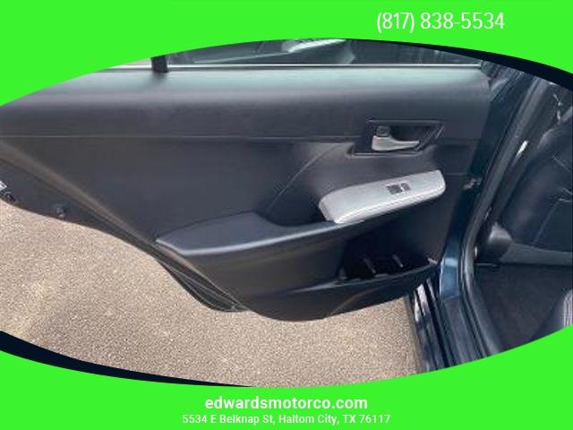 Toyota Camry 2014 price $10,395