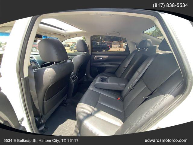 Nissan Altima 2015 price $17,495