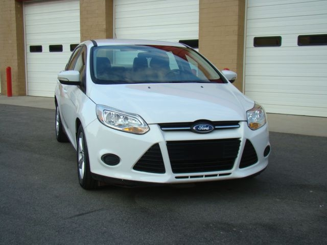 FORD FOCUS 2013 price $7,450