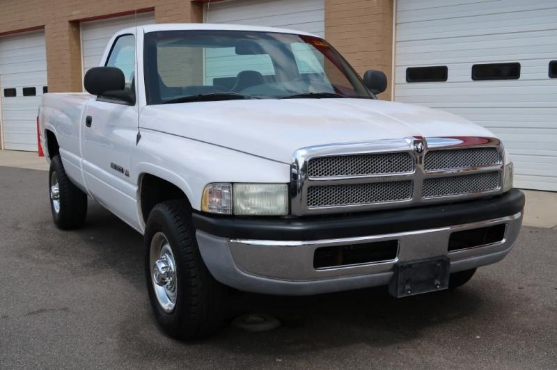 DODGE RAM 2500 2002 price $7,500