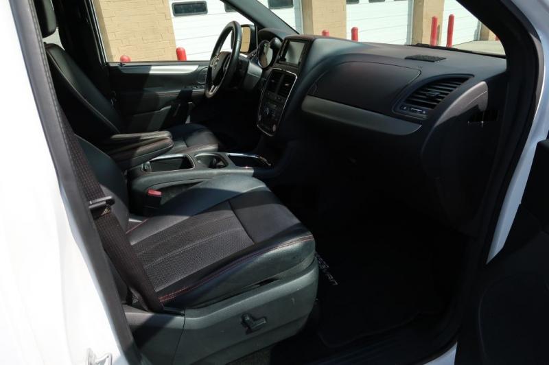 DODGE GRAND CARAVAN 2016 price $33,480