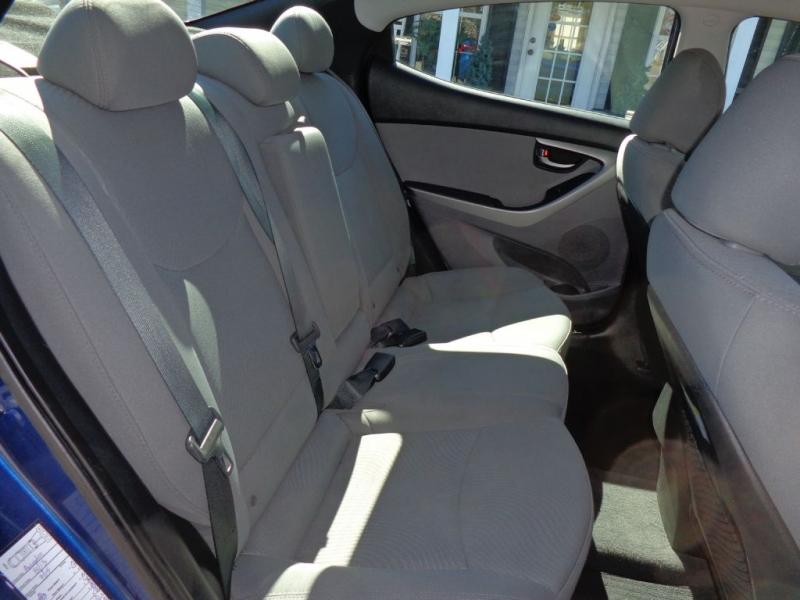 HYUNDAI ELANTRA 2015 price $9,400