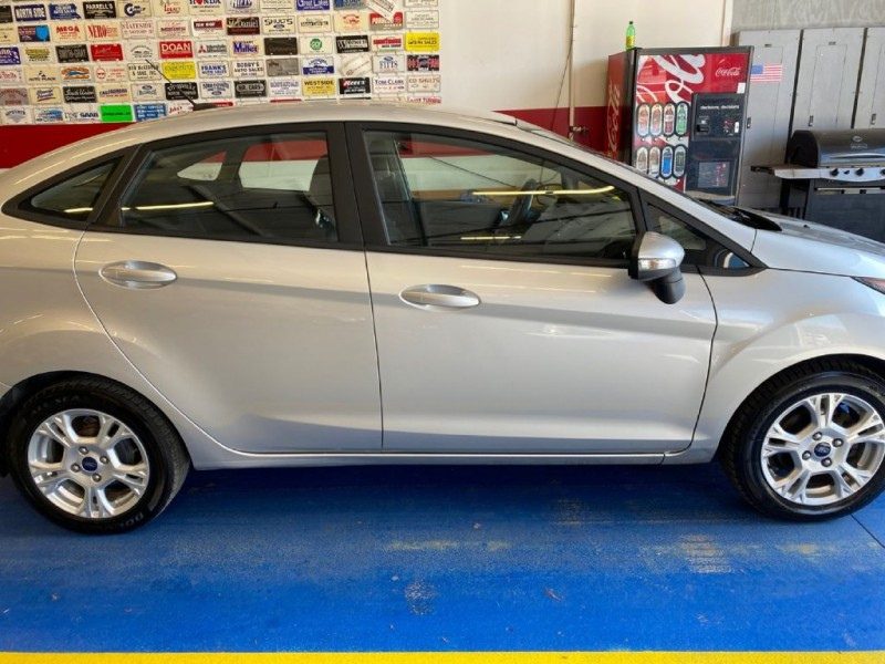 FORD FIESTA 2016 price $10,600