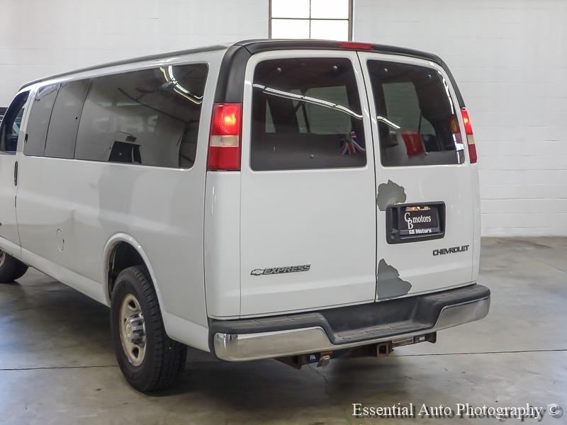 Chevrolet Express Passenger 2004 price $6,998