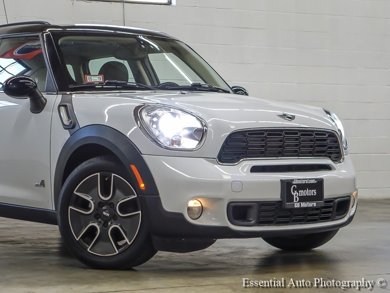 Mini Cooper Countryman 2012 price $8,444