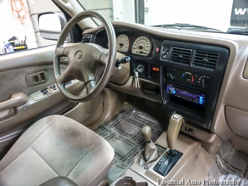 Toyota Tacoma 2002 price $9,555