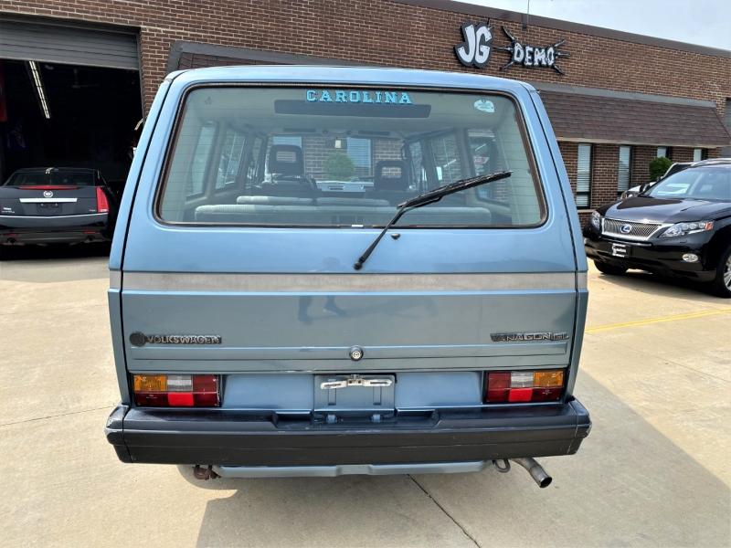 Volkswagen VANAGON 1988 price $9,697