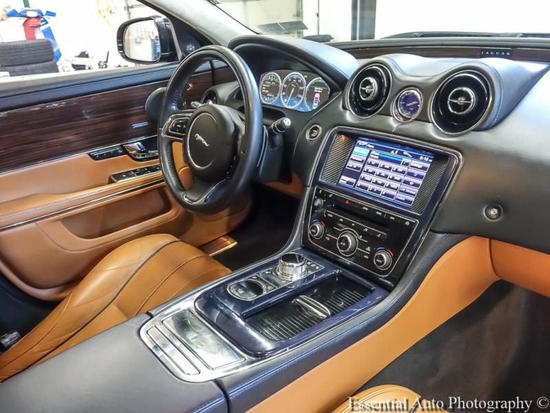 Jaguar XJ 2013 price $19,555