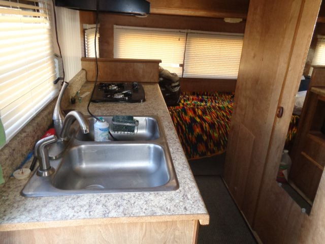 SHASTA TRAILER 1989 price $3,995