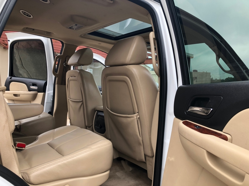 Chevrolet Tahoe 2008 price 2000 Enganche