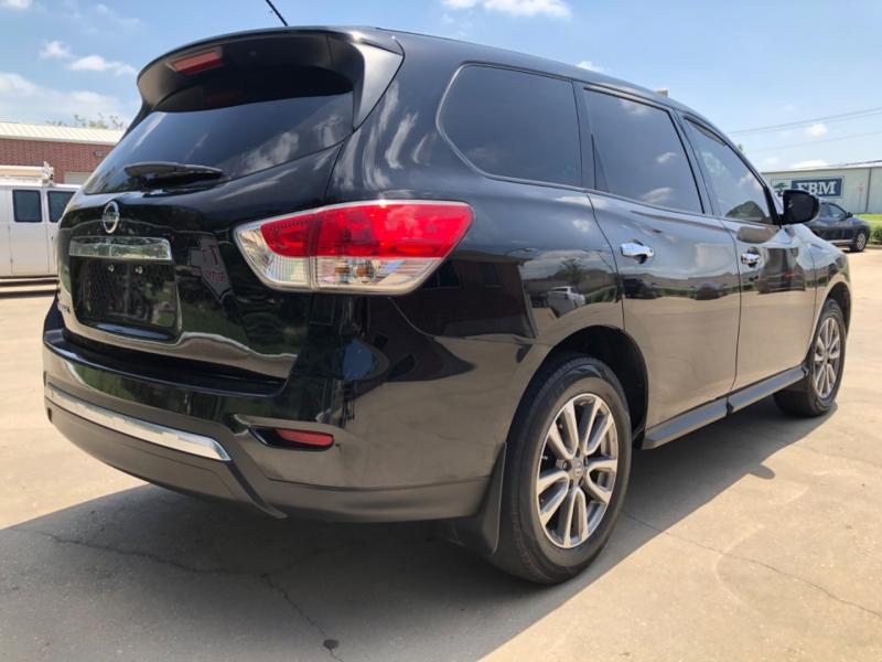 Nissan Pathfinder 2013 price 3000 Enganche