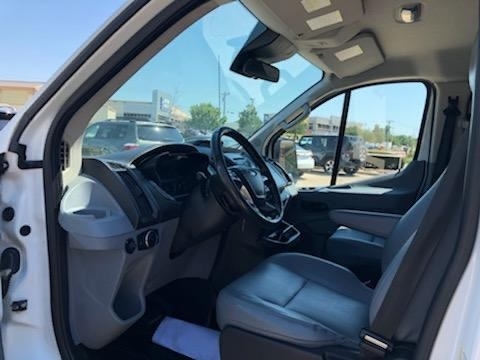 Ford Transit Cargo Van 2015 price 3500 Enganche