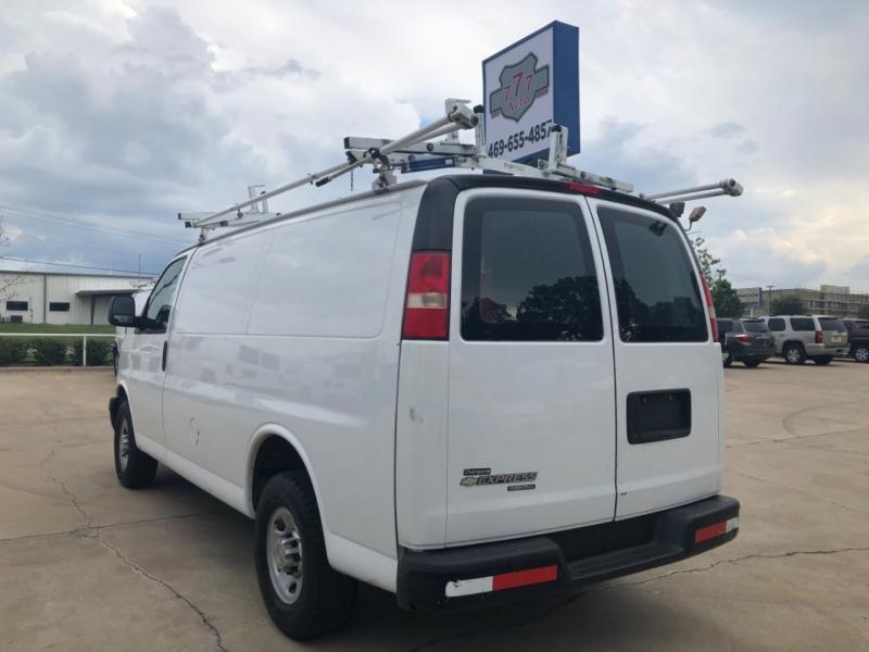 Chevrolet Express Cargo Van 2013 price 3000 Enganche