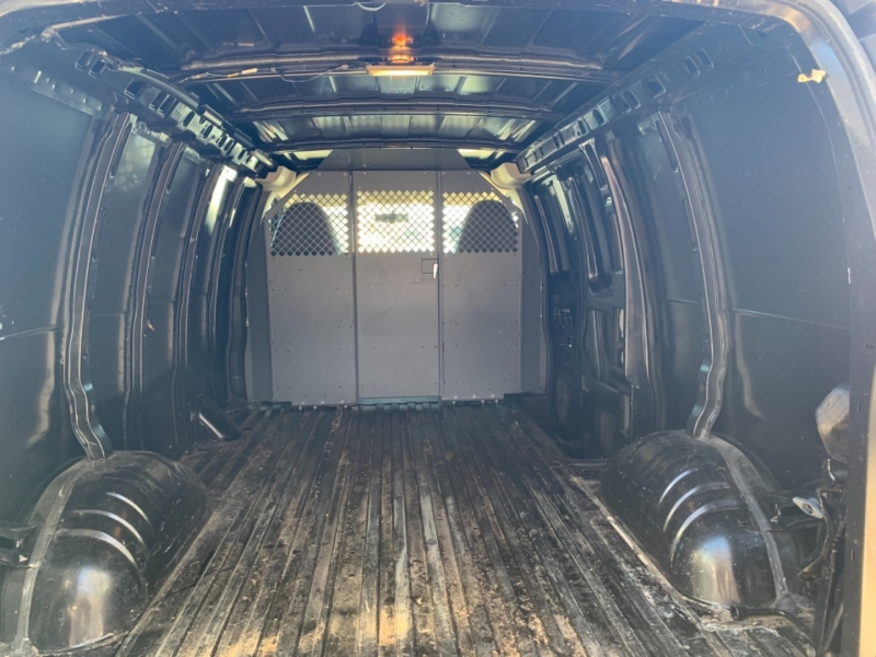 Chevrolet Express Cargo Van 2012 price 2500 Enganche