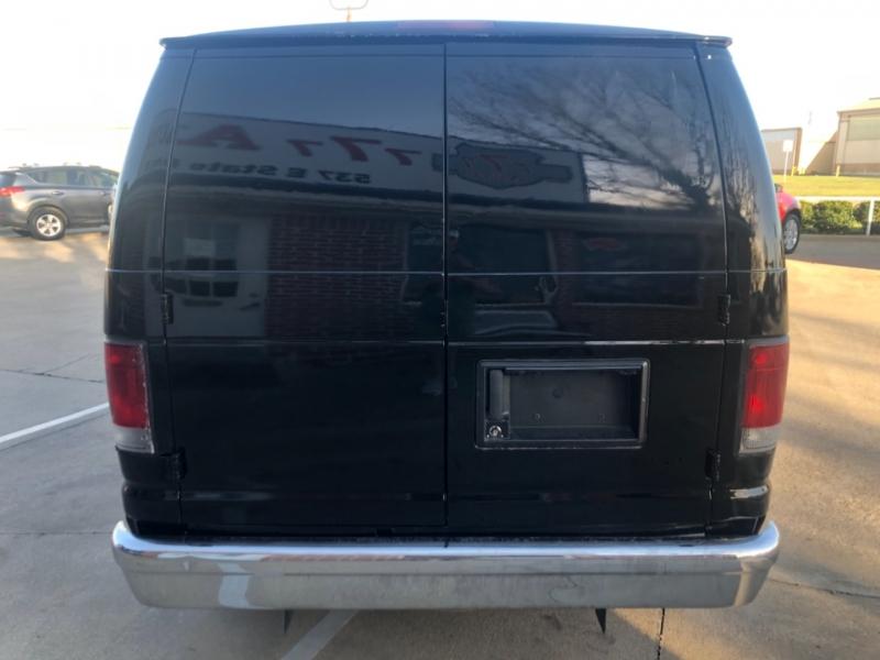 Ford Econoline Cargo Van 2013 price 3000 Enganche