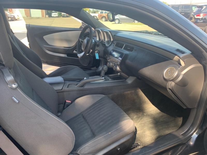 Chevrolet Camaro 2011 price 2000 Enganche