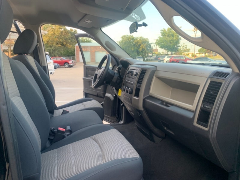 Dodge Ram 1500 2010 price 2500 Enganche