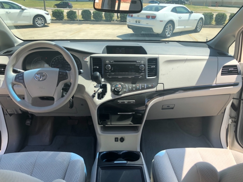 Toyota Sienna 2013 price 3000 Enganche