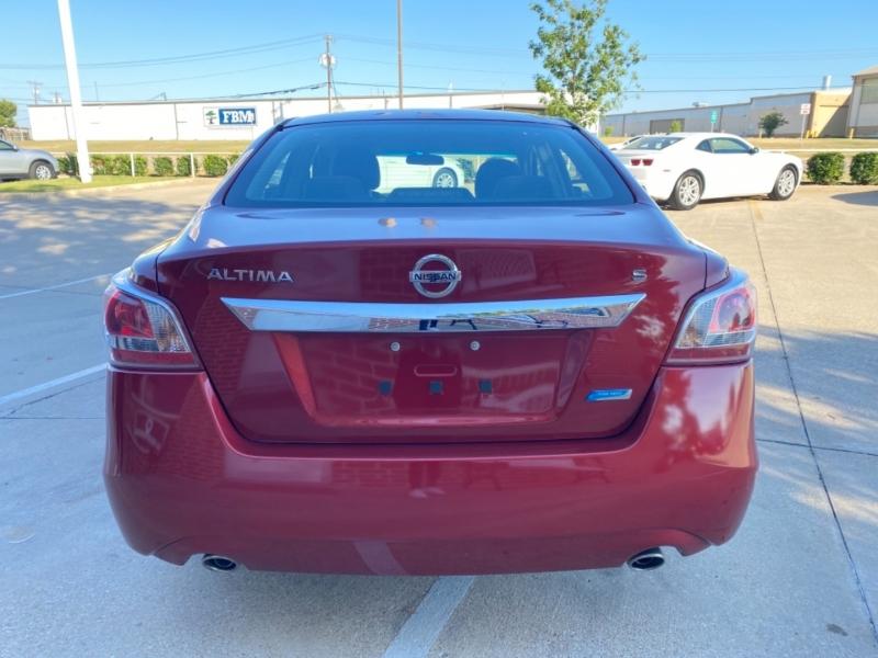 Nissan Altima 2013 price 2500 Enganche